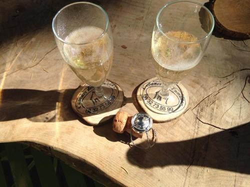 Drinks at Cabane Écureuil & Cabane Chevreuil