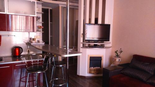Кухня или мини-кухня в Студия Люкс на пл.Ленина Постышева 118