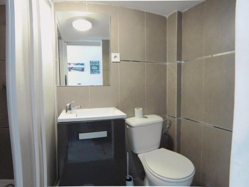 A bathroom at Magnifico Duplex