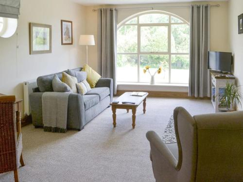 A seating area at Lapwing Cottage