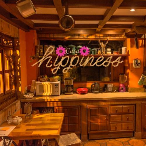 A kitchen or kitchenette at Casa Hippiness