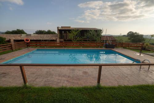 Bazén v ubytovaní Alcabala del Viento alebo v jeho blízkosti