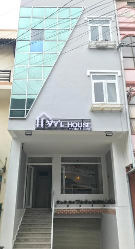 VY'L House