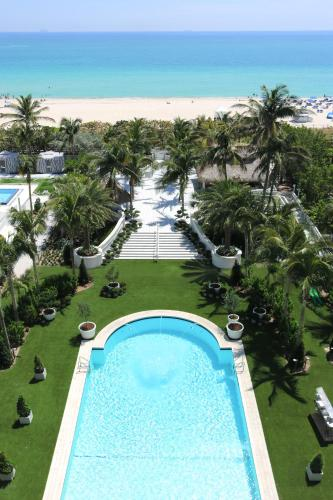 A view of the pool at Cadillac Hotel & Beach Club, Autograph Collection or nearby
