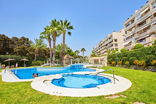 The swimming pool at or near Beferent Riviera Blanca Golf - Playa