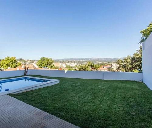 The swimming pool at or near Stunning view Alcobaça