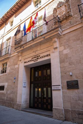 Palacio de los Blasones Suites, Burgos – Precios ...