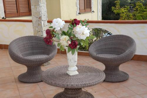 A seating area at Villaiale