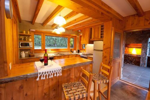 Una cocina o kitchenette en Casas Costa Lolog Huelcan