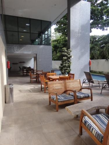 A porch or other outdoor area at Lindo Flat em Boa Viagem 2 qtos