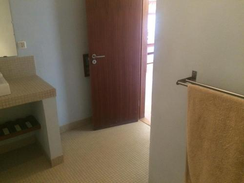 A bathroom at Casa Boteto 2 Bedroom Ground Floor Apartment