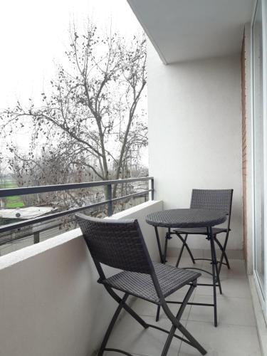 Un balcón o terraza de Departamento Completo, Movistar Arena - Fantasilandia - Club Hipico
