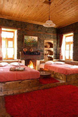 A bed or beds in a room at Agios Germanos