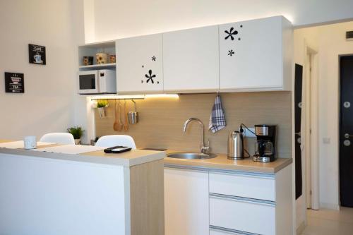 A kitchen or kitchenette at Classy Scala Studio