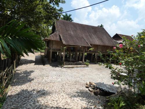 Muong Bi Homestay