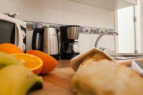 Coffee and tea-making facilities at Enjoy Alfalfa Sevilla 6 personas wifi