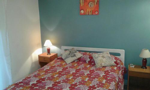 Una cama o camas en una habitación de Costa Sol