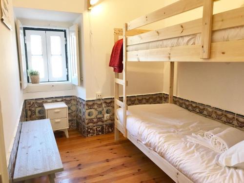 Litera o literas de una habitación en Apartments Center Castelo de São Jorge
