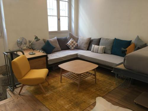 A seating area at Studio Saulnier