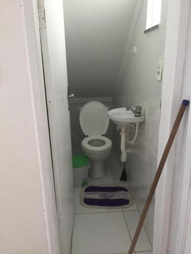 Un baño de Casa na Vila do Chicão
