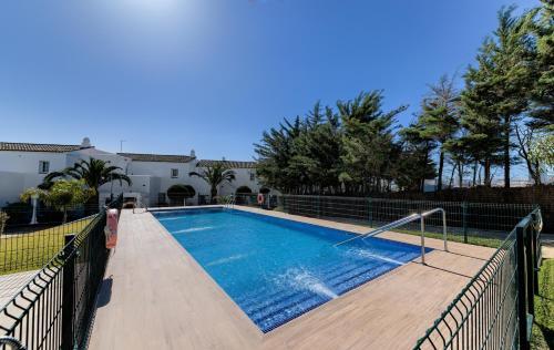 Basen w obiekcie Villas Flamenco Beach Conil lub w pobliżu