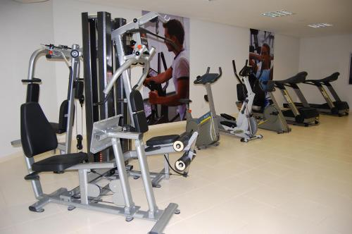 The fitness center and/or fitness facilities at Flat209 Veredas Rio Quente Particular