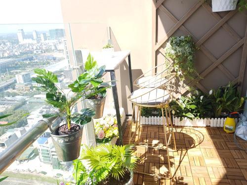 Linh's apartment