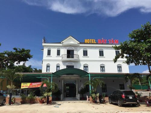 khách sạn Bảy Tâm