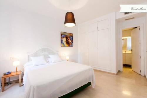 Un ou plusieurs lits dans un hébergement de l'établissement Conde de Ibarra