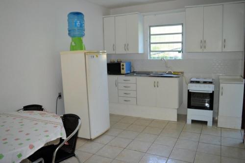 Una cocina o zona de cocina en Mozamba Surf House