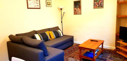 Miraculous Apartment Flat 3 19 Pier Street Aberystwyth Uk Booking Com Caraccident5 Cool Chair Designs And Ideas Caraccident5Info
