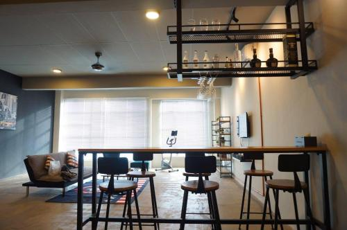 A restaurant or other place to eat at Rustic Loft @ Kota Laksamana Malacca Near Jonker 1-8Pax