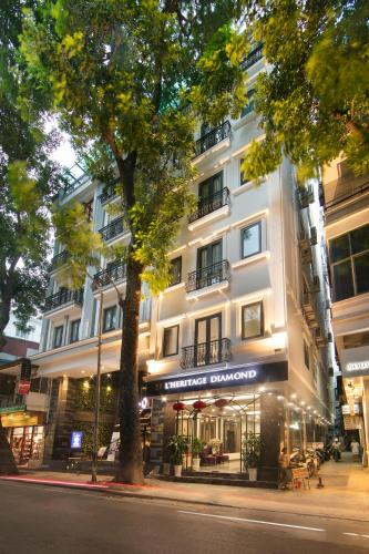 Diamonds Luxury Old Town Residence - Flats for Rent in
