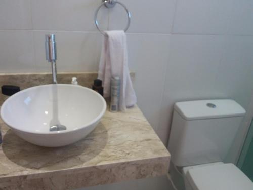 Bathroom sa Casa alto padrão c/piscina