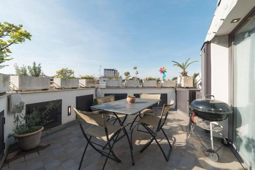 A balcony or terrace at Torlonia Exclusive Penthouse