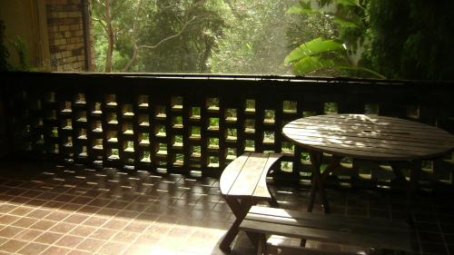 A balcony or terrace at Accommodation Sydney North - Forestville 4 bedroom 2 bathroom house