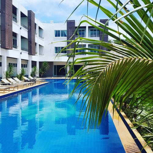 The swimming pool at or near Lanta Sport Resort