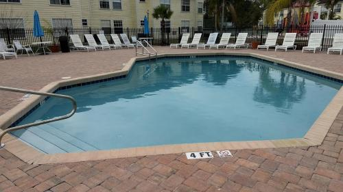The swimming pool at or close to Orlando House Disney Area