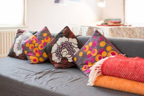 Кровать или кровати в номере Good size 2 bedroom in a perfect location