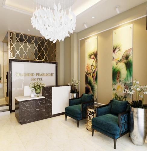 O saguão ou recepção de 7S Hotel Splendid Pearlight Hanoi