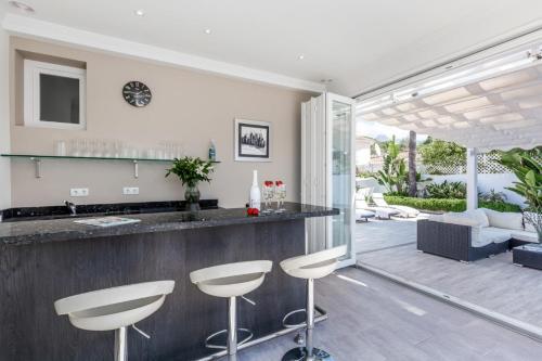 De lobby of receptie bij Playa Duque Marbella Villa Sleeps 8 Pool Air Con