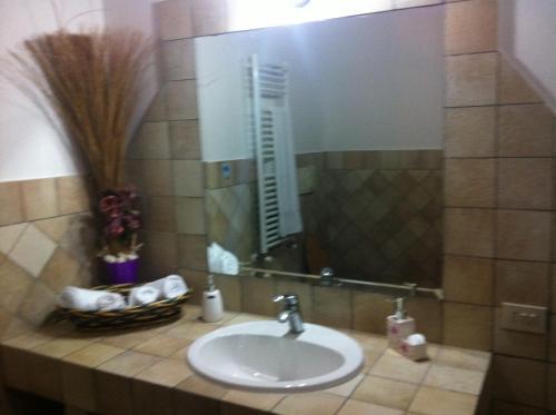 Aquila Di Mare tesisinde bir banyo