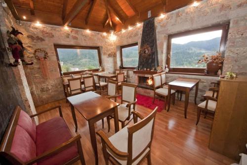 Εστιατόριο ή άλλο μέρος για φαγητό στο Πέτρινο Ρόδο