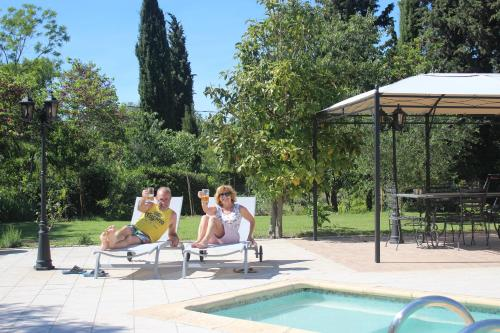 The swimming pool at or close to VICHELDA Cottage In The Sun