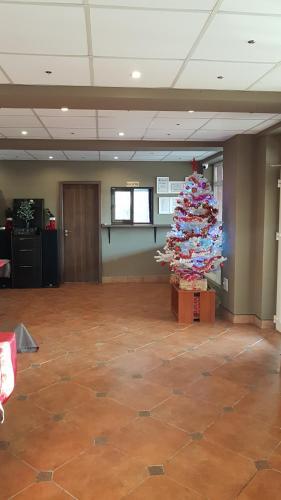 Hotel Viva Romania Ploiesti Booking Com