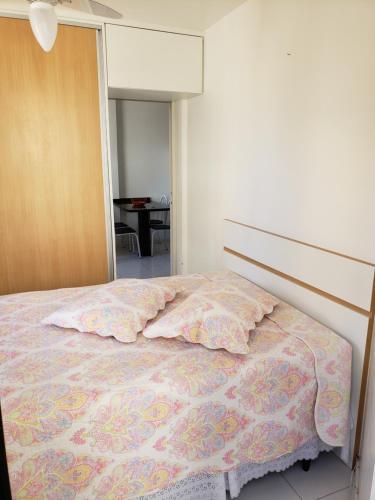 Cama o camas de una habitación en Apartamento nos Ingleses