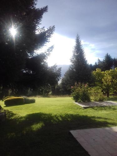 Un jardín fuera de La Posta de Themis