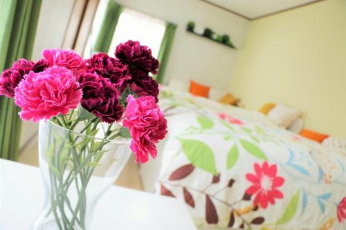 เตียงในห้องที่ Uphouse