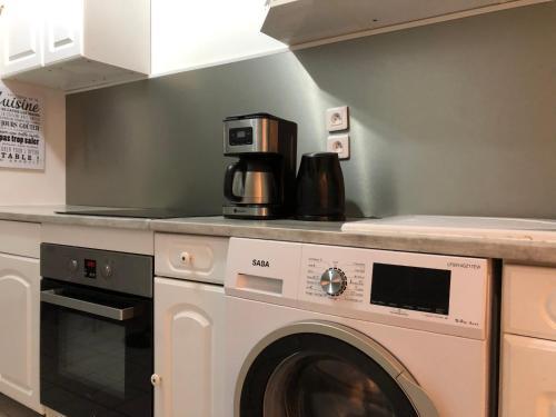 Cuisine ou kitchenette dans l'établissement Le Spartiate