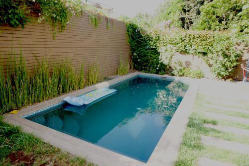 Piscina en o cerca de Casa Deco con piscina